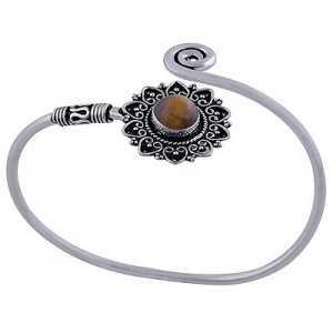 Zilveren armband / bangle met bewerkte setting gezet met Tiijgeroog