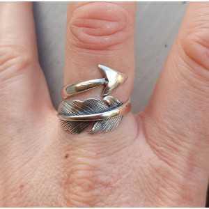 Silber-ring mit einer Feder und unten verstellbar