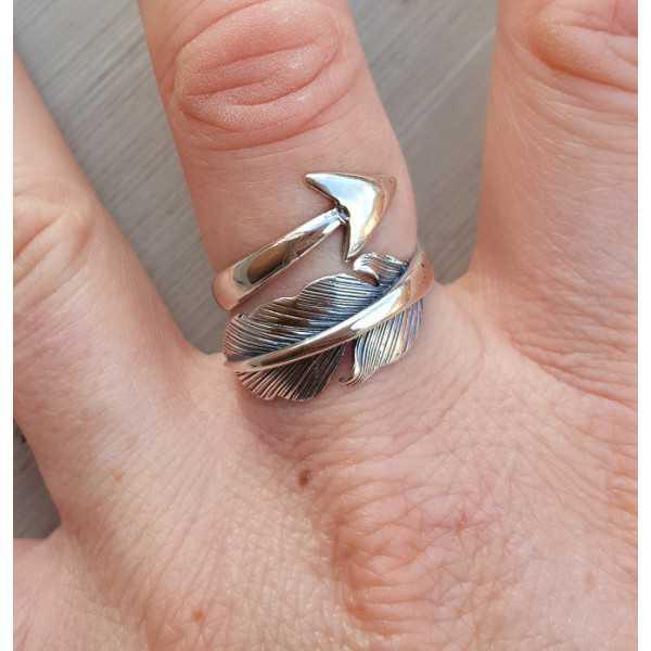 Zilveren ring met veer en pijl verstelbaar