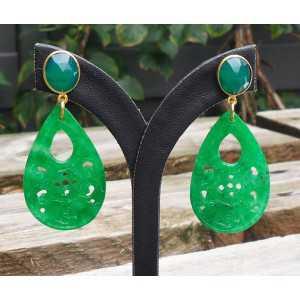 Vergulde oorbellen met uitgesneden Jade en groene Onyx