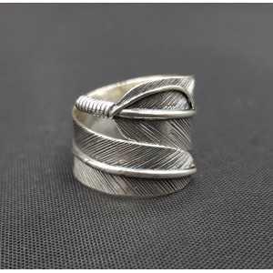 Zilveren brede veren ring verstelbaar