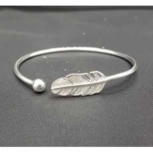 Silver bracelet / bangle with spring