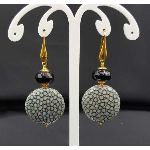 Ohrringe mit schwarzen Onyx und Grau Roggenleer
