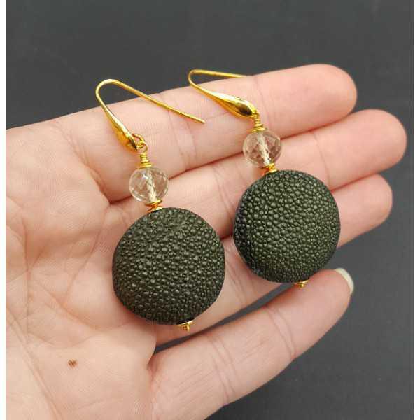 Oorbellen met groene Amethist en groen Roggenleer