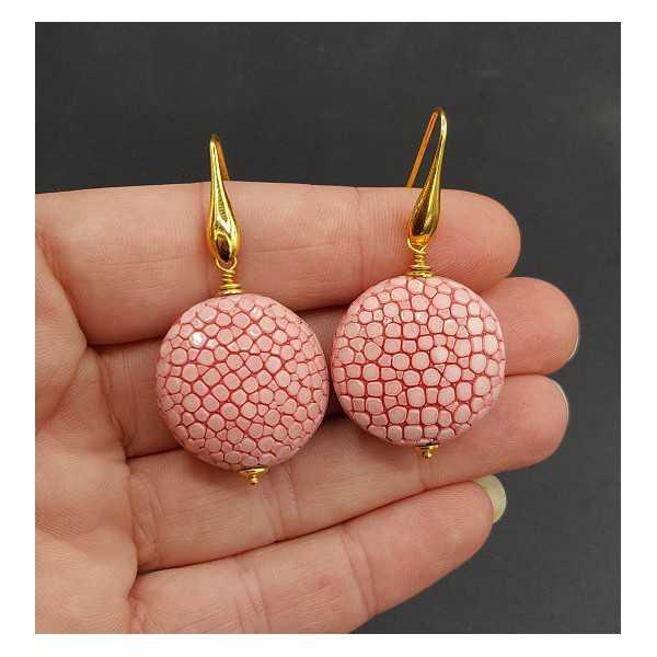 Oorbellen met licht roze Roggenleer