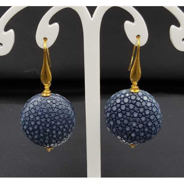 Earrings with dark blue Roggenleer