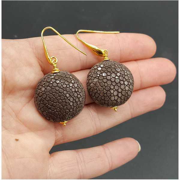 Ohrringe mit braunen Roggenleer