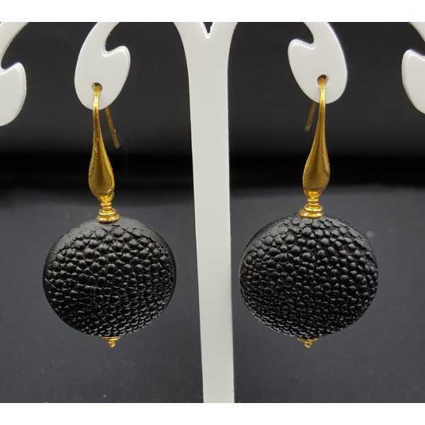 Earrings with black Roggenleer