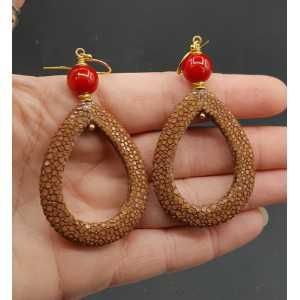 Ohrringe mit offenem drop-Braun Roggenleer und Korallen