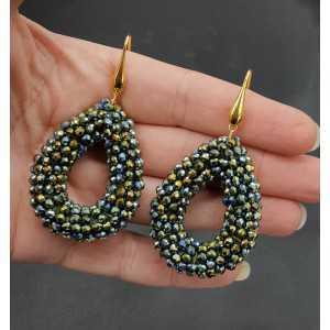 Goud vergulde oorbellen open druppel van blauw groen metallic kristallen