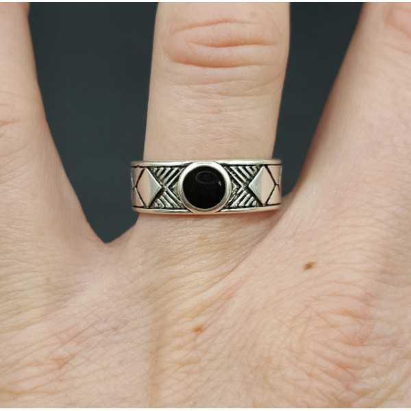 Zilveren ring met zwart steentje verstelbaar