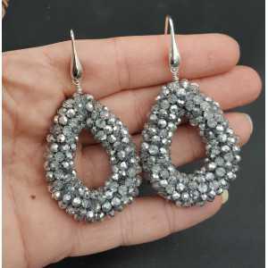 Zilveren oorbellen met open druppel van zilveren kristallen