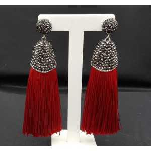 Tassel Ohrringe von satijndraad und crystal red