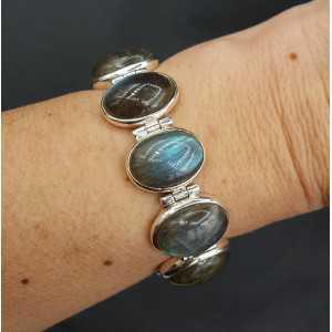 Zilveren armband met ovale cabochon geslepen Labradoriet schakels