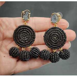 Zwarte beaded oorbellen en Agaat geode