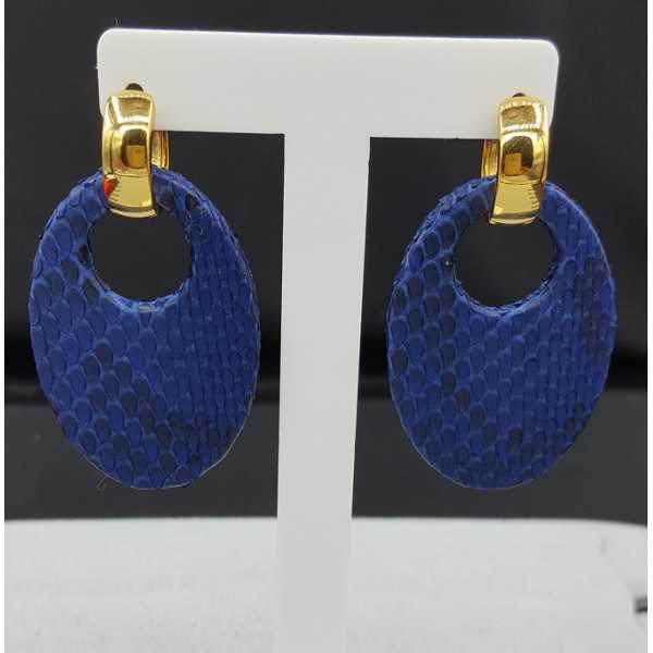 Creoles with oval cobalt blue Snakeskin pendant