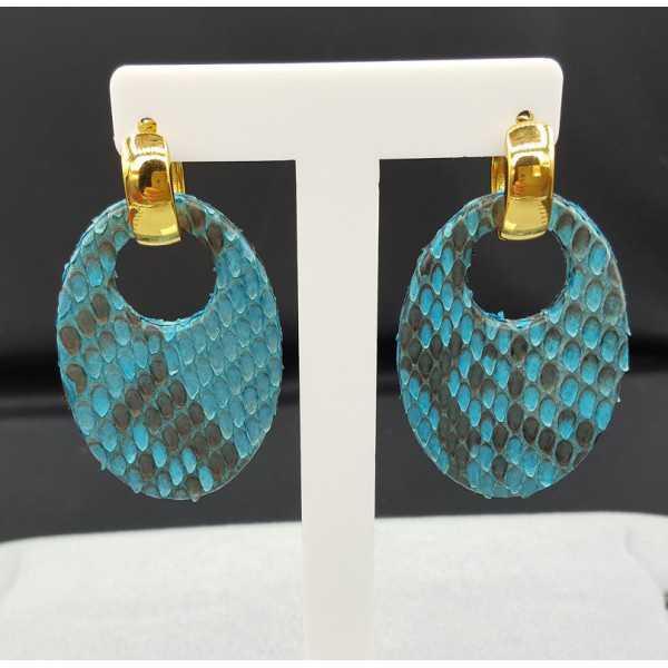 Creolen met ovale licht blauwe Slangenleer hanger