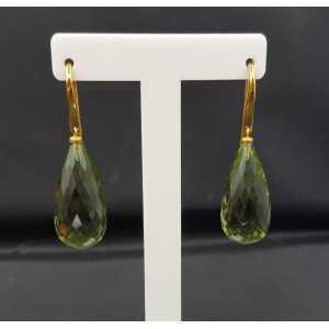 Vergulde oorbellen gezet met facet groene Amethist briolet