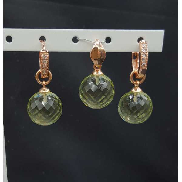 Rosé gold-plated pendant and creoles with round green Amethyst quartz