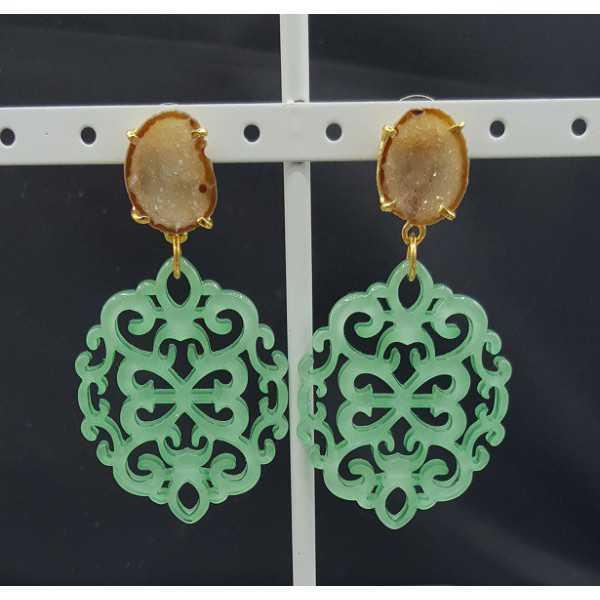 Vergoldete Ohrringe mit Minze-grün-resin-Anhänger-Achat-geode