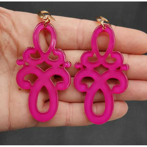 Earrings with fuchsia pink resin pendant