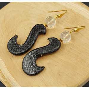 Oorbellen met Bergkristal en zwarte hanger van Slangenleer
