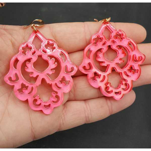 Ohrringe mit Neon rosa Harz-Anhänger