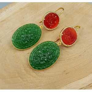 Goud vergulde oorbellen rood uitgesneden Jade en groene quartz