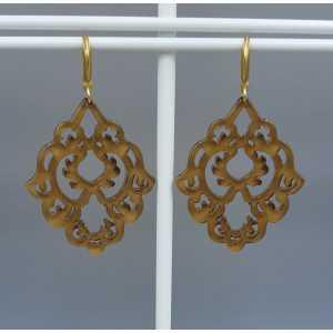Earrings with brown resin pendant