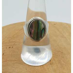 Zilveren ring gezet met Abalone schelp 17.5 mm