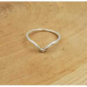 Silver V ring 17 or 18 mm
