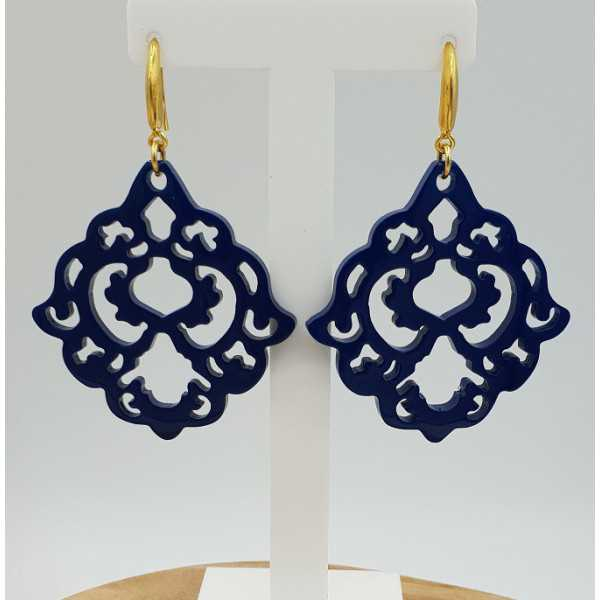 Earrings with blue lacquered buffalo horn