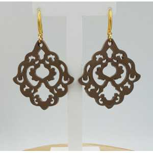 Earrings with beige brown lacquered buffalo horn