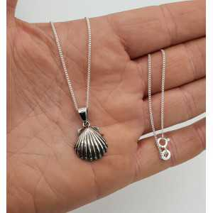 Silber Halskette mit Muschel-Anhänger