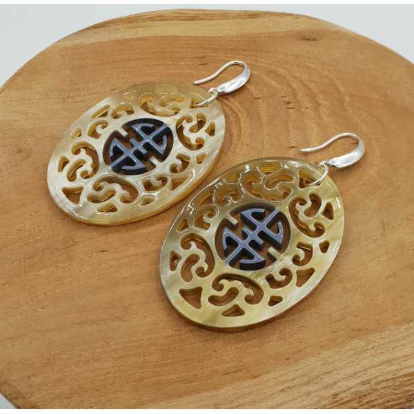 Earrings with oval, gray-painted buffalo horn pendant