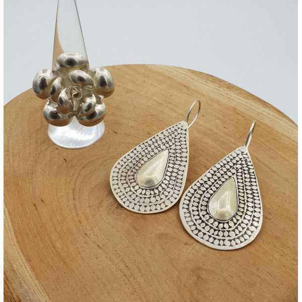 Silber gearbeiteten Ohrringe