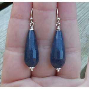 Silver earrings with dark blue Jade briolet