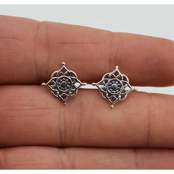 Silver mandala oorknopjes