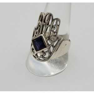 Zilveren Hamsa hand ring gezet met Ioliet 19.5 mm