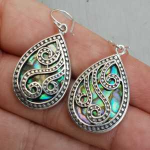Zilveren oorbellen met druppelvormige Abalone schelp