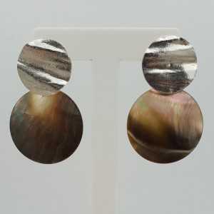 Zilveren oorbellen met ronde Parelmoer hanger (small)