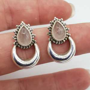 Silver moon oorknoppen set with rose quartz