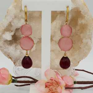 Goud vergulde oorbellen met roze Kattenoog en roze Toermalijn quartz