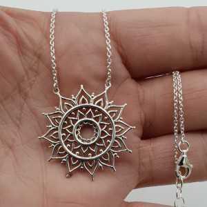 Silber Halskette mit mandala-Anhänger