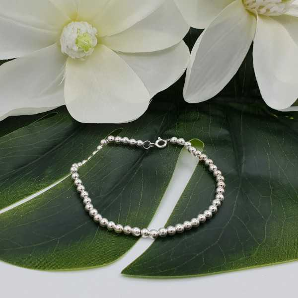 Zilveren armband balletjes 4mm