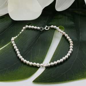 Silver bracelet balls 4mm