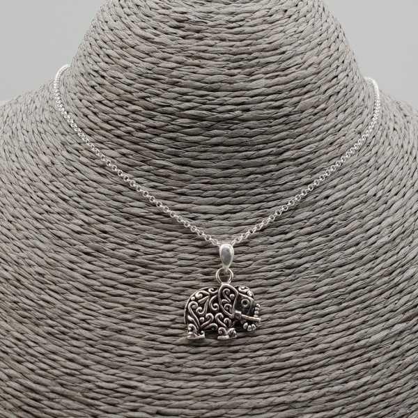 Zilveren ketting met olifant hanger