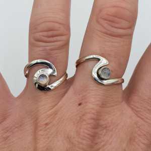 Silber Welle ring-set mit Regenbogen-Mondstein