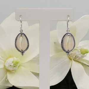 Silver earrings with Cowrie shell