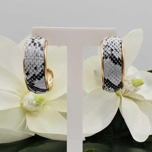 Gouden creolen met slangenleer print